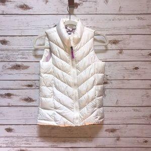 NWT Old navy white vest size 10-12